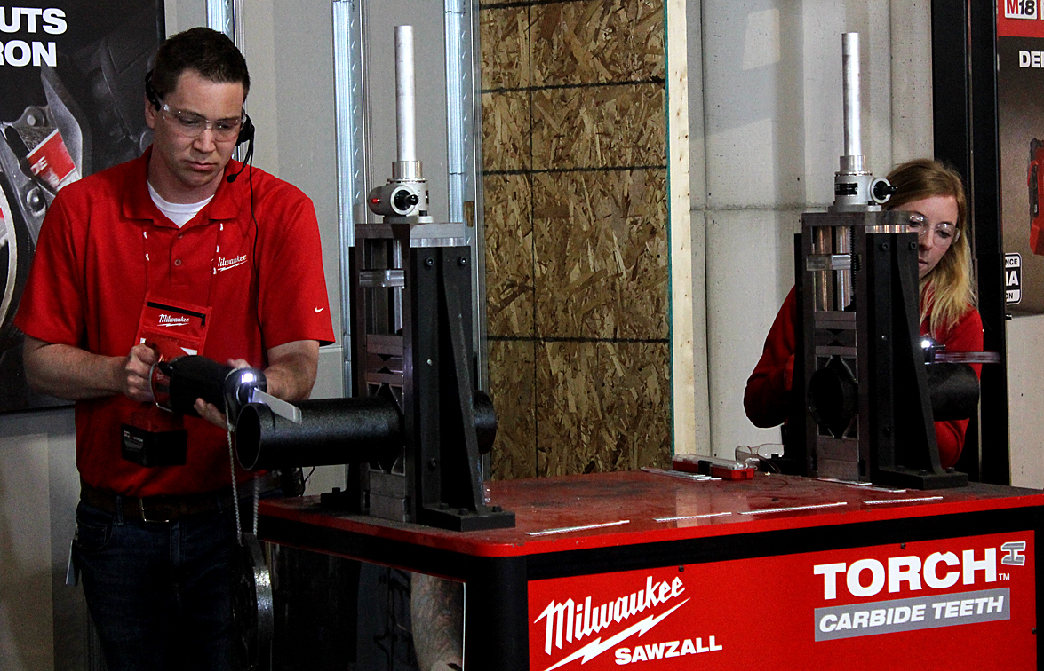Throughout the Milwaukee Tool presentation, demonstrations were held pitting the company's products against competitors' products in head-to-head competitions. Here the new TORCH with carbide teeth is featured.